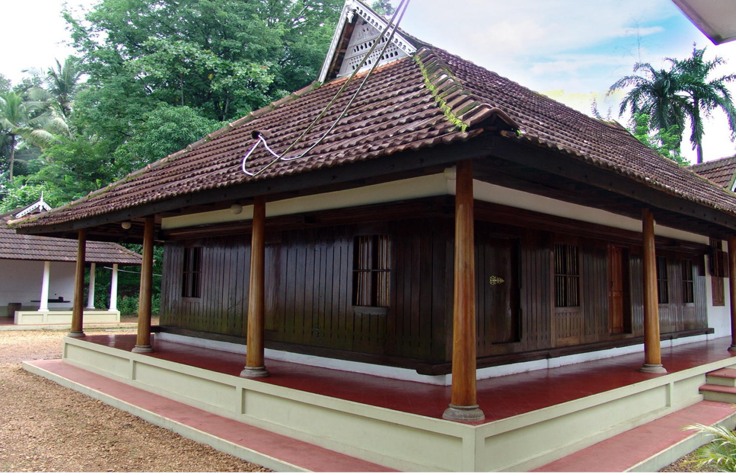 Old kerala houses pictures joy studio design gallery for Old style home designs